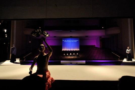 Festival nabídl také inscenaci opery No No Myia