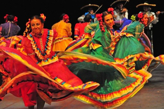 Mexický soubor Saacbé Artistic Ensemble