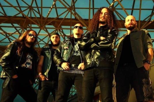 Metalová kapela Nahum, Pavel Balcar uprostřed.