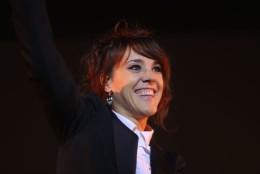 Zpěvačka ZAZ během úterního koncertu v Ostrava Aréně.