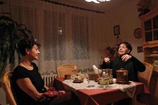 Veronika Forejtová (vpravo) při rozhovoru s Alenou Mikovou.