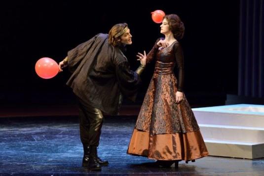 Thomas Weinhappel (Hamlet), Janja Vuletic (Gertrude)