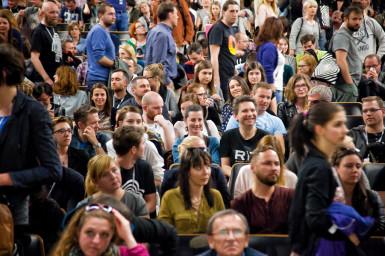 Kino na hranici: Festival kontrastů, přes které se přenesete jako mávnutím filmové klapky