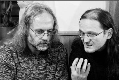 S Petrem Hruškou a Jakubem Chrobákem o tom, co se děje v zákulisí Měsíce autorského čtení
