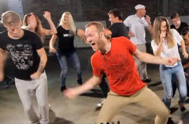 Záběr z nového klipu metalové party Malignant Tumour.