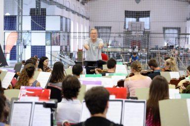 Nový orchestr ONO má 106 hráčů z 20 zemí. Koncertní premiéra již v neděli v Trojhalí