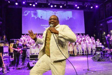 Ostrava ukazuje, že gospel zpívá dobře a s chutí. Dvakrát po sobě aplaudující Gong byl nejlepším důkazem