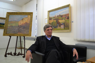 Petr Pavliňák: Vystavuji krajiny zosmi sbírek, jména sběratelů ale nemohu zveřejňovat