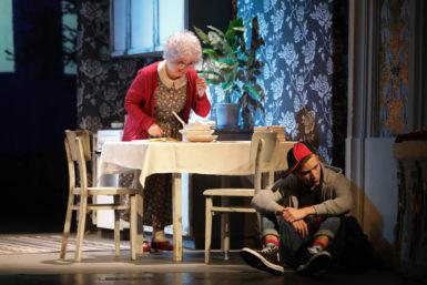 Opavská Babička drsňačka je velmi vydařenou rodinnou komedií pro všechny generace