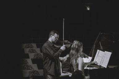 Nedělní pohlazení i děsivé noční můry. Festival Hudební současnost hostil komorní soubor Trio Helix