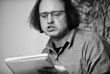 Básník Marek Pražák zvedl rukavici odhozenou Bezručem a vydal Hallady o Olejovém Městě