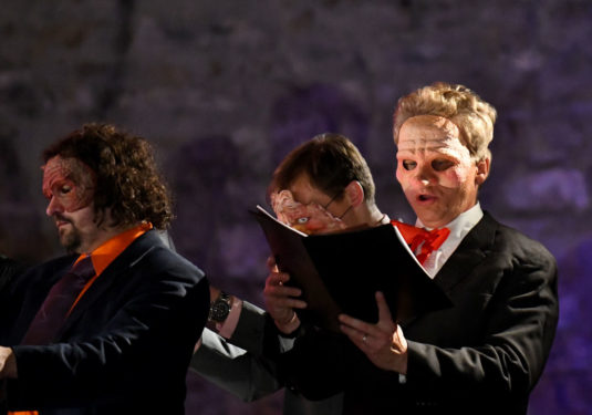 4cd1659b86 pěvecké výkony Operně-baletní mystérium Robert ďábel je novou operní ...
