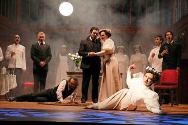 Nešťastná premiéra Čarostřelce vOpavě: Promluvil Freud, zazvonil zvonec a romantice byl konec
