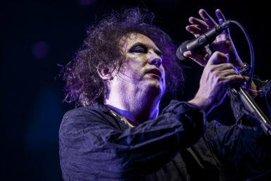 Od depresí keuforii: The Cure rozsekali Ostravu a odehráli nejsilnější koncert v dějinách Colours