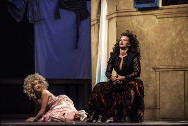 Novinka Letních shakespearovských slavností Zkrocení zlé ženy je vkusně rozvernou a mírně erotickou taškařicí
